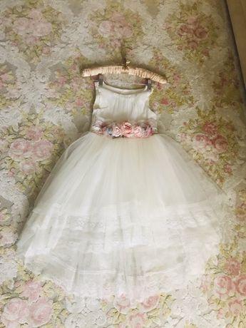 Шикарное платье +накидка