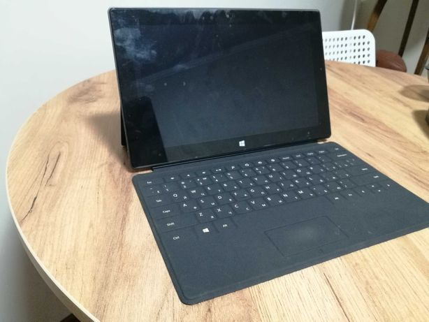 Планшет Microsoft Surface RT 32GB
