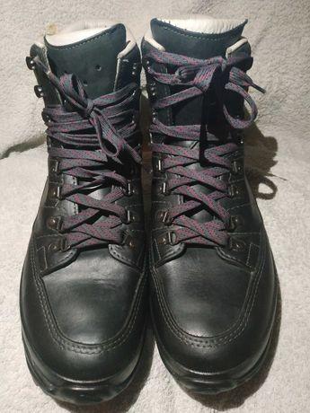 Ботинки Lowa trekking