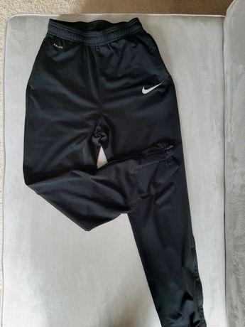 Spodnie Nike rozm M