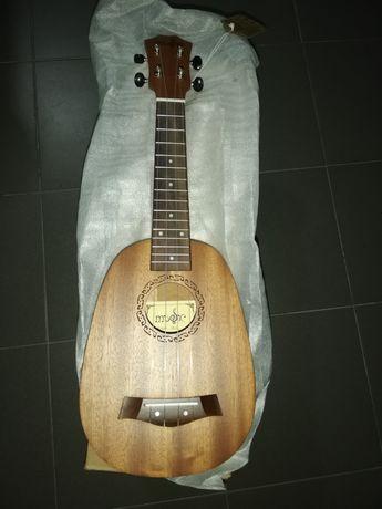 Ukulele soprano (ananás)