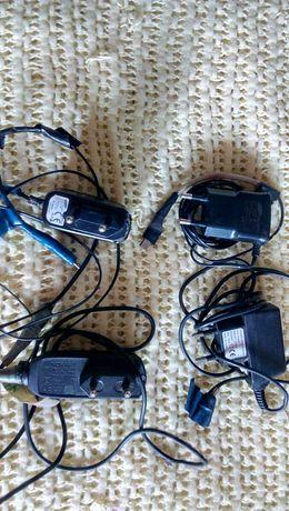 Блок питания сетевой к телефону.Зарядки разные.