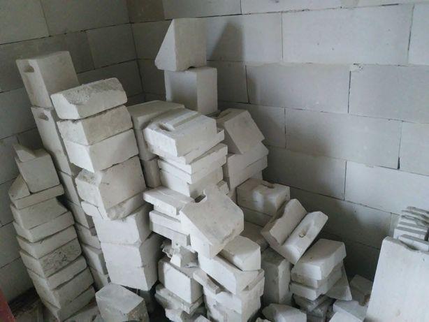 Ścinki kawałki betonu komórkowego klasy 550-600