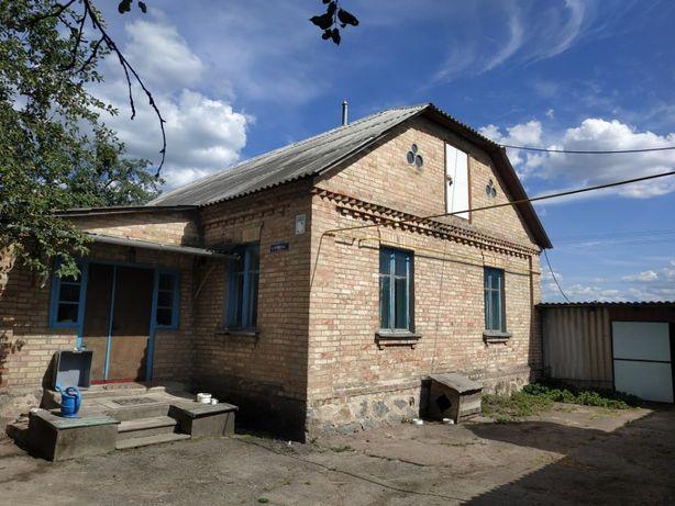Дом 3 комн. на участке 20 сот. + гараж 2поверх, Ставище, Житомирск. об