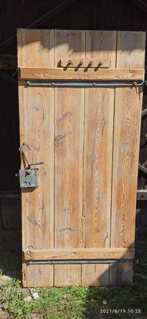 Drzwi zabytkowe drewniane