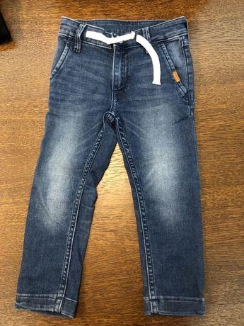 Spodnie jeansy chłopięce HM 98