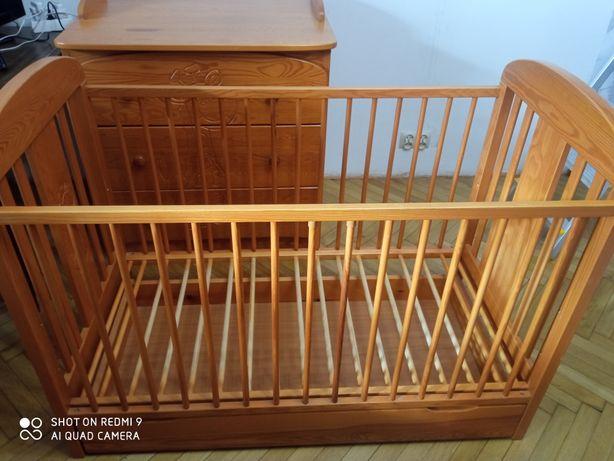 Komoda i łóżeczko dla dziecka niemowlaka zestaw żyrafa