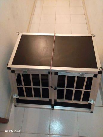 Transportadora para cães em alumínio