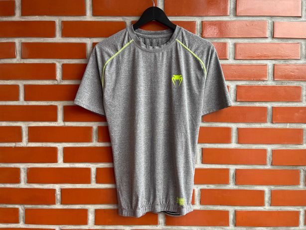 Venum оригинал мужская футболка рашгард размер S M Венум Б У