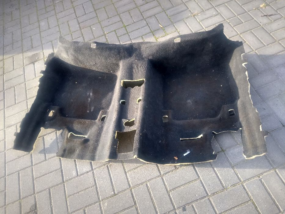 BMW F30 F31 wykładzina dywan tył czarny Bełchatów - image 1
