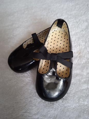 Туфельки-балетки  H&M
