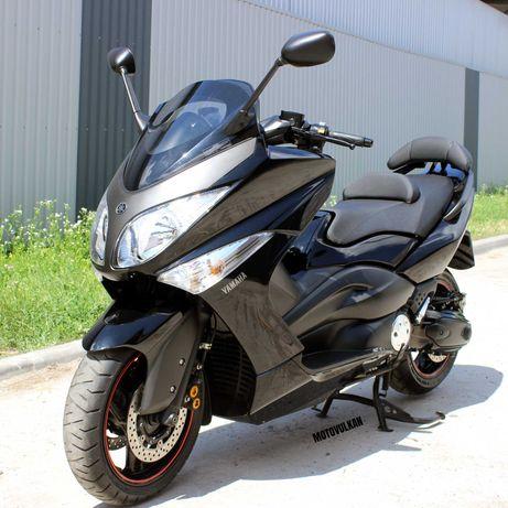 Максі-скутер Yamaha T-MAX 500