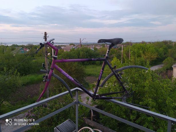 Рама велосипеда Giant в родной краске + колеса