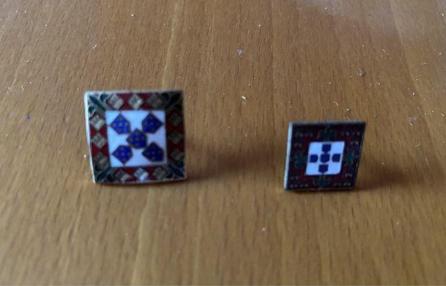 Dois pins da mocidade portuguesa feminina masculina salazar legiao ss