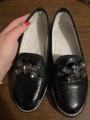 Туфли,кожаные туфли детские ,туфли для девочки,лоферы,слипоны