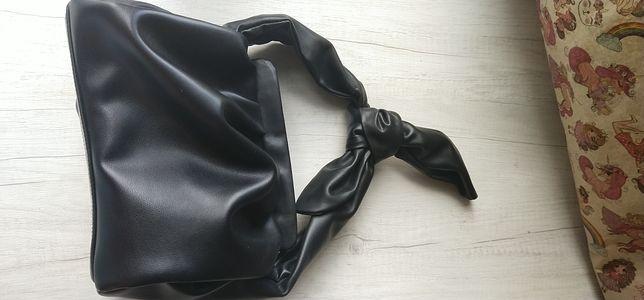 Кожаная сумка пельмень MIRATON