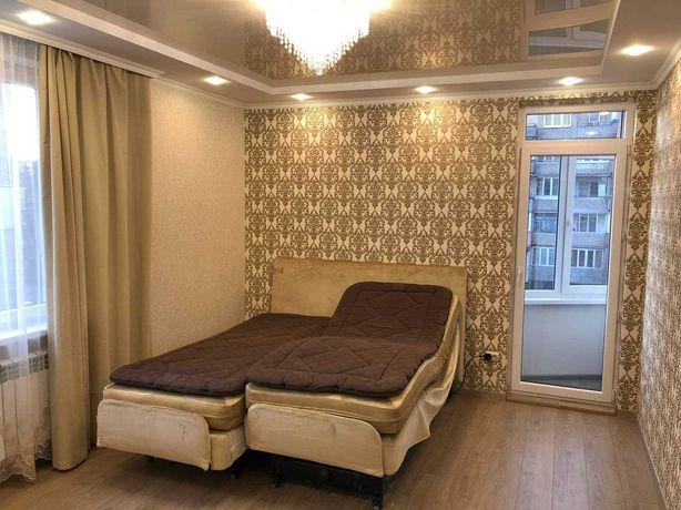 2-кімнатна квартира в новобудові з ремонтом та меблями на Яцкова