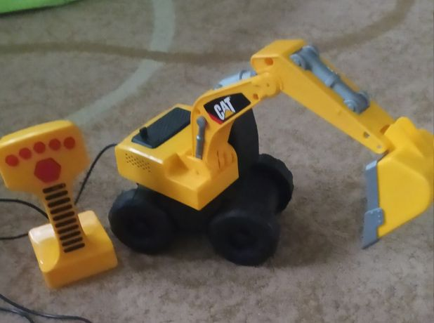 Экскаватор машинка трактор на пульте cat ездит поднимается звуки