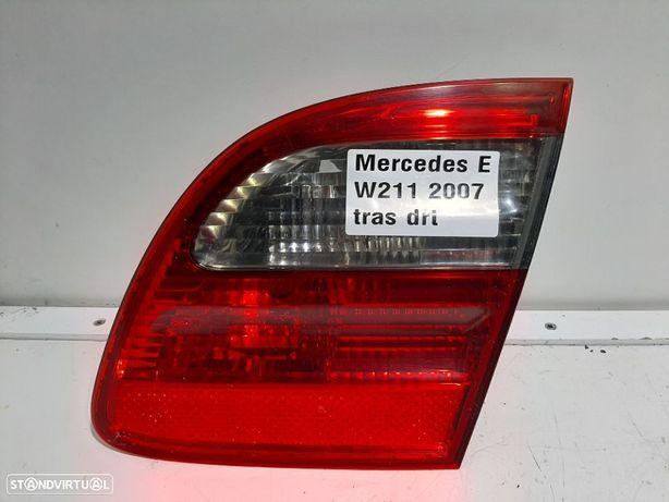 Farolim da mala Dto Usado MERCEDES-BENZ/E-CLASS T-Model (S211) 2do modelo (2006-...