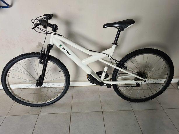 Bicicleta com 21 mudanças