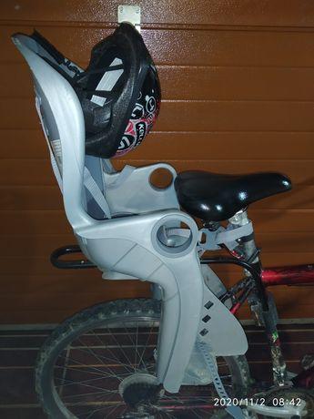 Fotelik na rower 22kg i kask