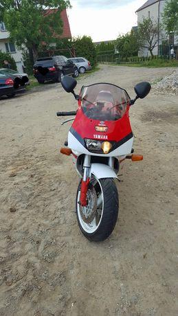 Motor Yamaha fzr1000