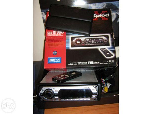 Radio Sony CDX GT300S + 4 Colunas