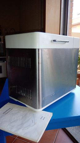 Máquina de fazer pão - Kenwood BM250