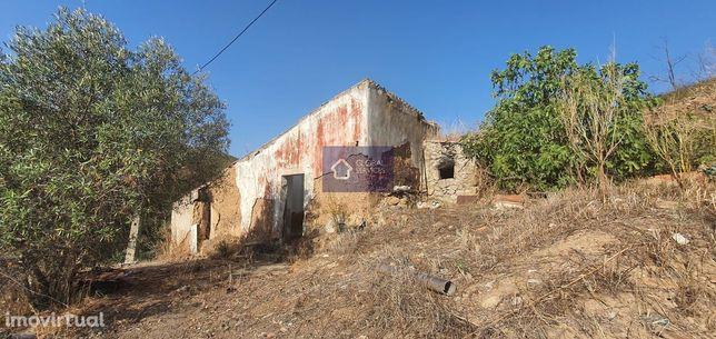 Vende-se propriedade de 81.500m2 Montinho das Canas, Monchique