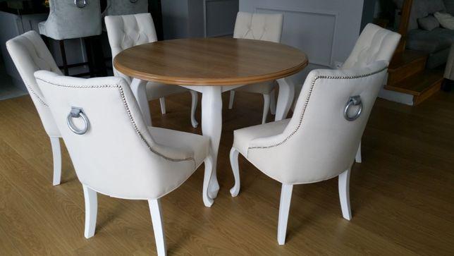 Krzesło tapicerowane z kołatką