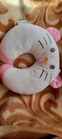 Милая ортопедическая подушка под голову
