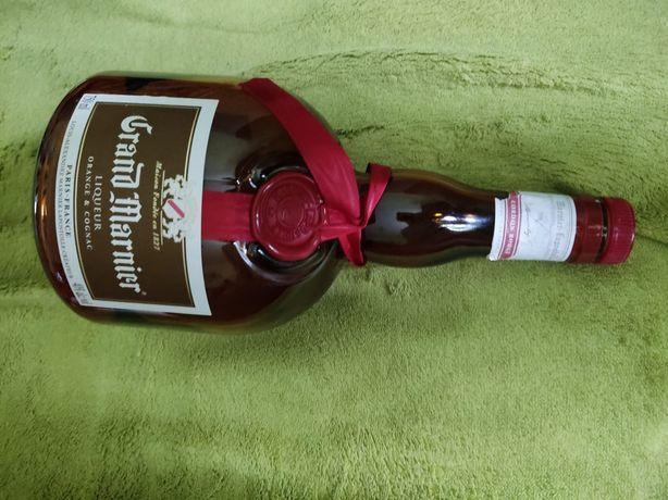 Sprzedam butelkę  kolekcjonerska po likierze Grand Marnier