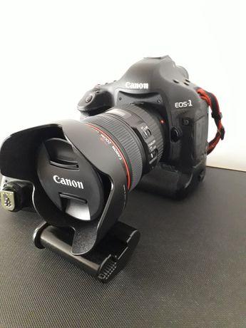 Canon 1D Mark III 24-105 IS