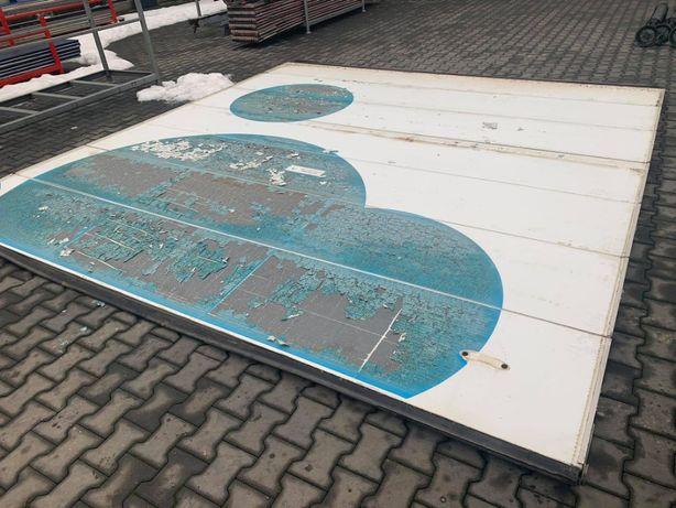 brama segmentowa panelowa garazowa przemyslowa 4,04 x 4,20
