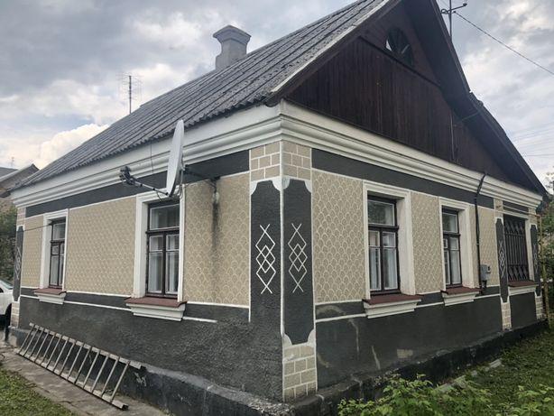 Продам будинок у гарному районі