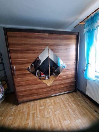 pilnie duża szafa