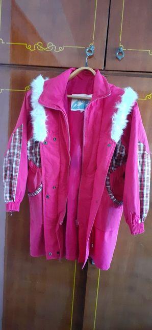 Курточка на дівчинку весна-осінь