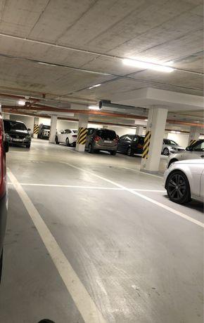 Miejsce parkingowe/ postojowe w hali garażowej Sucha 37B