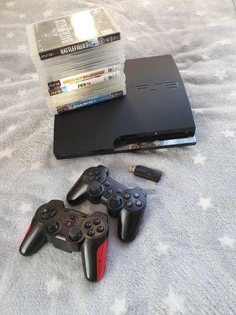 Playstation 3 PS3 320GB + ok 100 gier, 2 pady