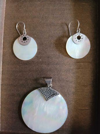 Komplet ze srebra i masy perłowej