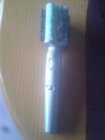 Escova modeladora electrica
