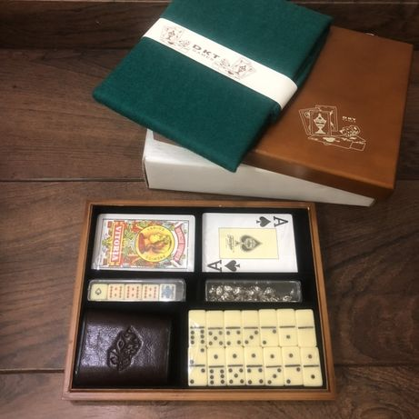 Подарочный набор игр карты, домино, кости DKT games