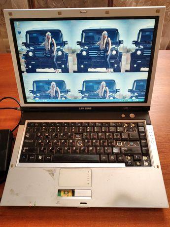 Продам ноутбук работает
