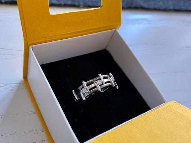 Золотий Чоловічий Перстень з 8 Діамантами