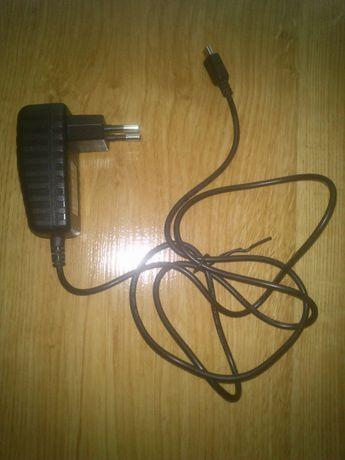 Ładowarka sieciowa Zasilacz sieciowy Mini USB 5V 1.5A