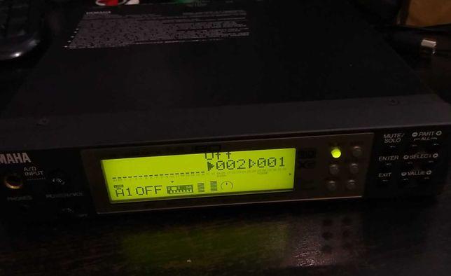 Sintetizador Yamaha MU80 (XG, GM) + adaptador USB Edirol (Roland)