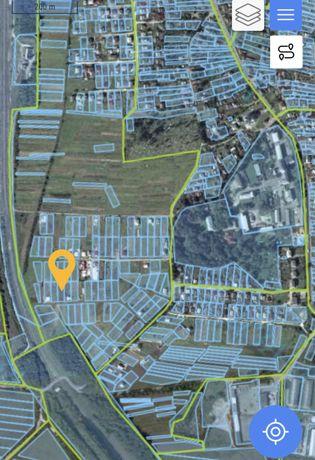Приватизована земельна під будівництво у смт Великий Любінь