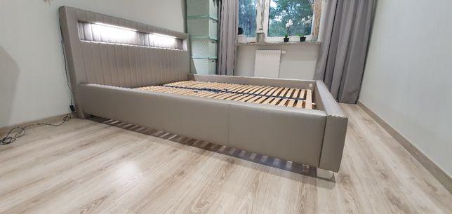 Rama łóżka ze stelażem pod materac 160x200 cm