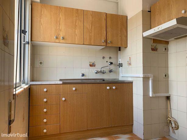 Apartamento T3 Vialonga - Bairro da Icesa