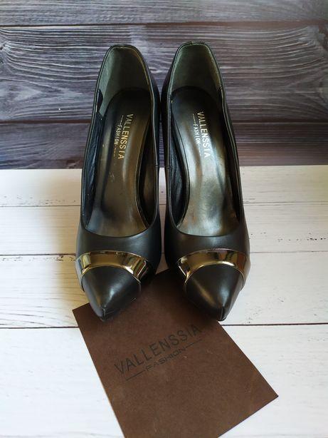 Итальянскае туфли на шпильке